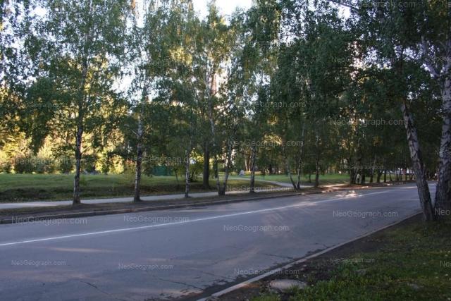 Адрес(а) на фотографии: Шадринский переулок, 16, 18, Екатеринбург