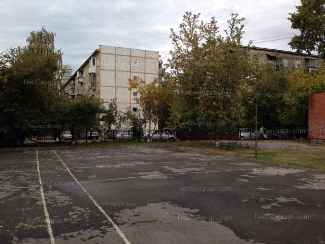 Адрес(а) на фотографии: улица Викулова, 35/2, 35/4, Екатеринбург