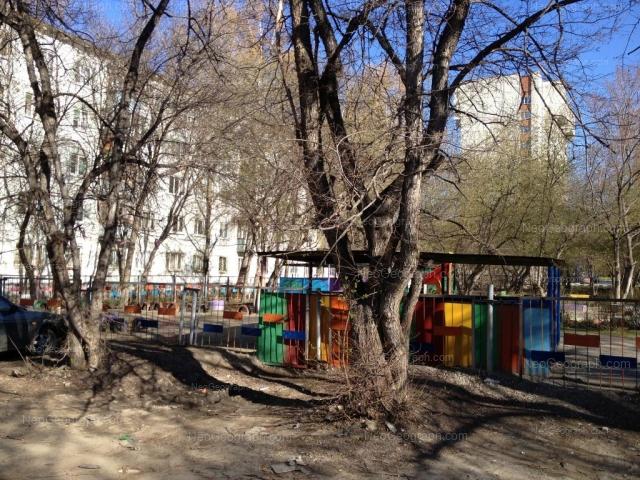 Адрес(а) на фотографии: улица Пальмиро Тольятти, 15Г, Екатеринбург