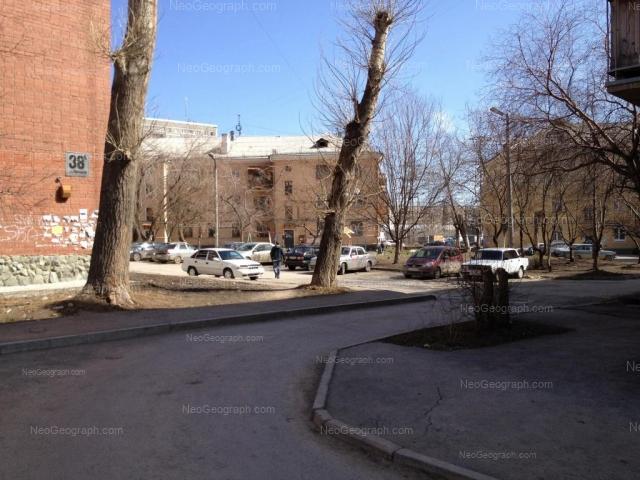 Адрес(а) на фотографии: улица Бебеля, 121, 123, Екатеринбург