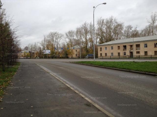 Адрес(а) на фотографии: Луганская улица, 13, 21, 23, Екатеринбург