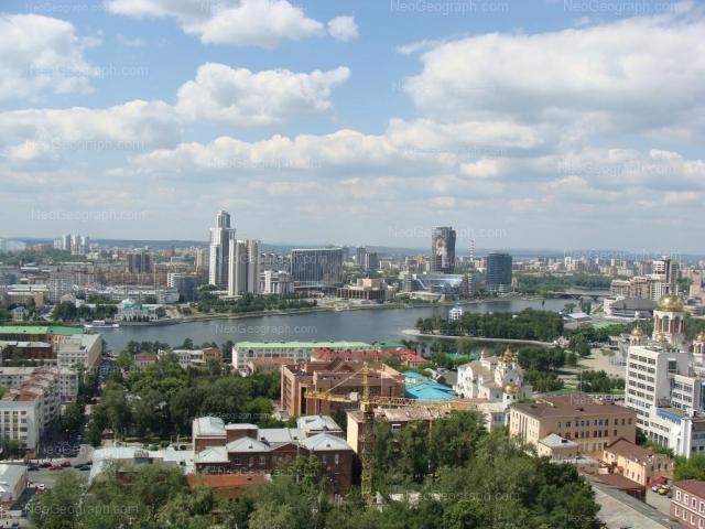 Адрес(а) на фотографии: улица Бориса Ельцина, 3, 8, Екатеринбург