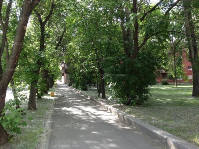 Адрес(а) на фотографии: Кировградская улица, 5, 7, Екатеринбург