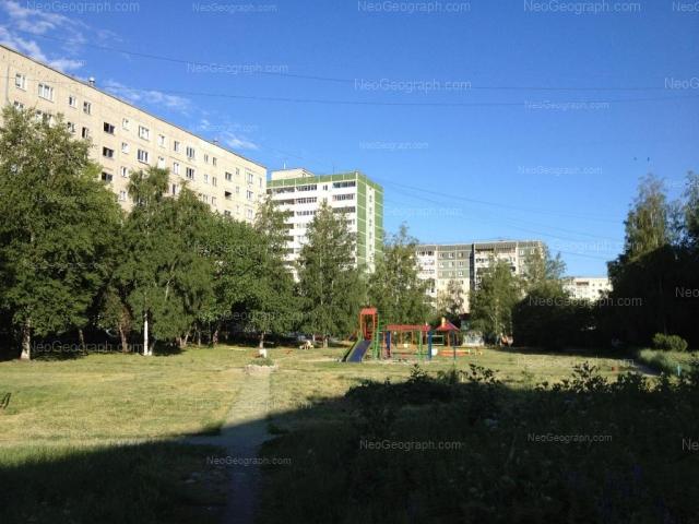 Адрес(а) на фотографии: улица Начдива Онуфриева, 24/3, 28, 28а, Екатеринбург