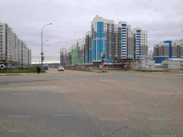 Address(es) on photo: Vilgelma de Gennina street, 32, 33, 34, 37, 40, Yekaterinburg