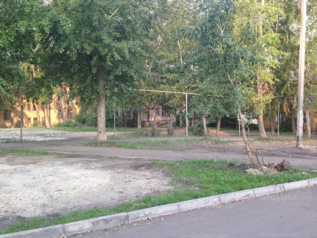 Адрес(а) на фотографии: улица Старых Большевиков, 16, Екатеринбург