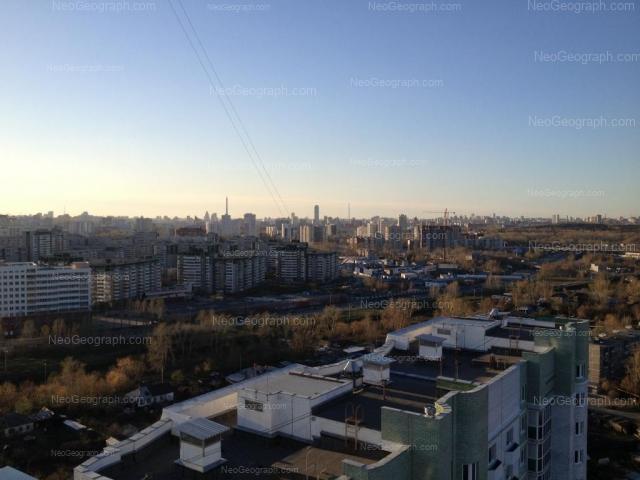 Address(es) on photo: Krestinskogo street, 50, 51, 53, 55 к1, Yekaterinburg