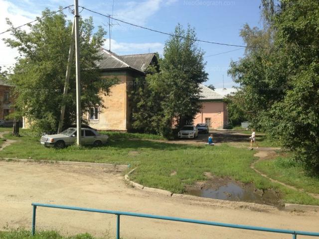 Address(es) on photo: Gazorezchikov lane, 37, 38, Yekaterinburg