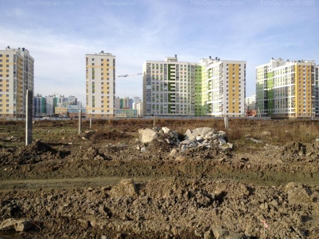 Адрес(а) на фотографии: улица Павла Шаманова, 8, 10, 12, Екатеринбург