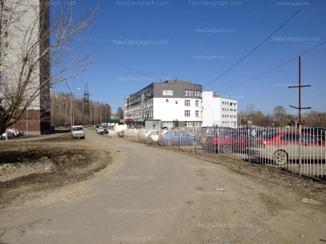 Адрес(а) на фотографии: улица Крупносортщиков, 12, 14, Екатеринбург