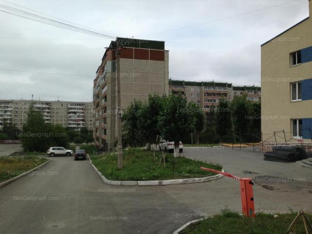 Адрес(а) на фотографии: улица Фрезеровщиков, 37, 38, Екатеринбург