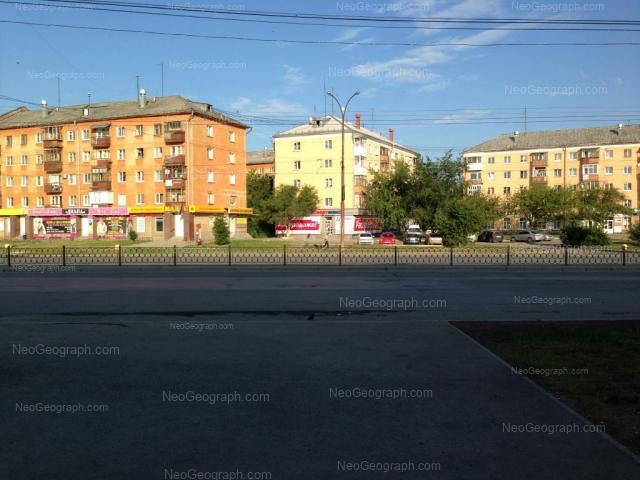 Адрес(а) на фотографии: проспект Космонавтов, 43, 43А, 45, Екатеринбург