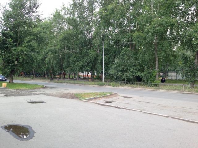 Адрес(а) на фотографии: улица Ломоносова, 65, Екатеринбург