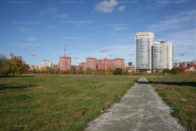 Address(es) on photo: Tveritina street, 38/1, 42/1, Yekaterinburg