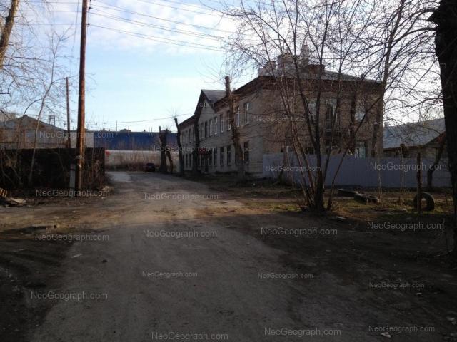 Адрес(а) на фотографии: Ишимский переулок, 1, 2, Екатеринбург