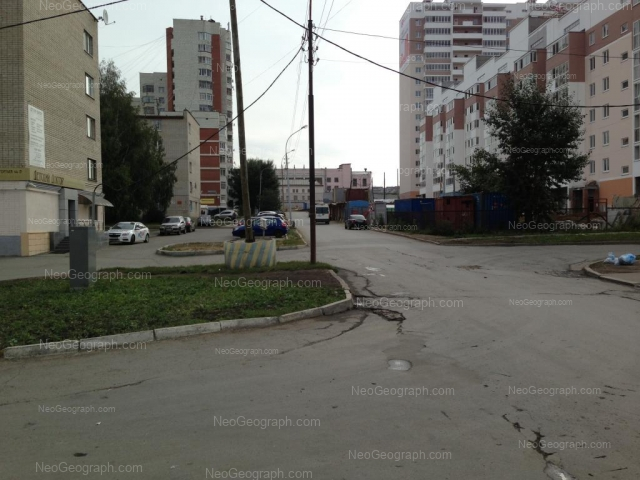 Адрес(а) на фотографии: улица Токарей, 24, 26, Екатеринбург