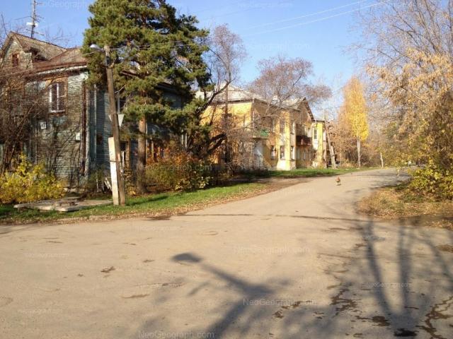 Адрес(а) на фотографии: Запорожский переулок, 11, Екатеринбург