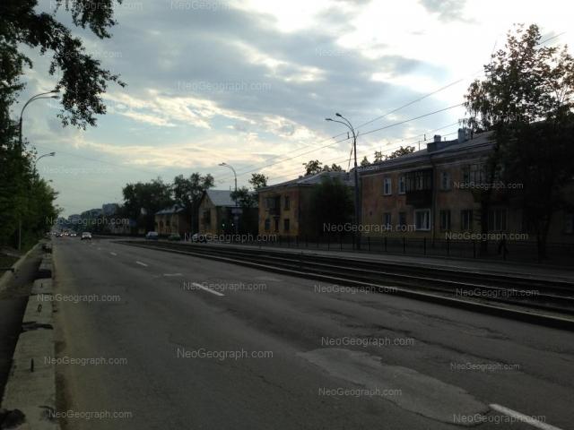 Адрес(а) на фотографии: улица Калинина, 74, 77, Екатеринбург