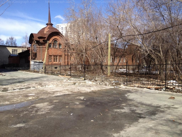 Адрес(а) на фотографии: Северный переулок, 2, 2 к1, Екатеринбург