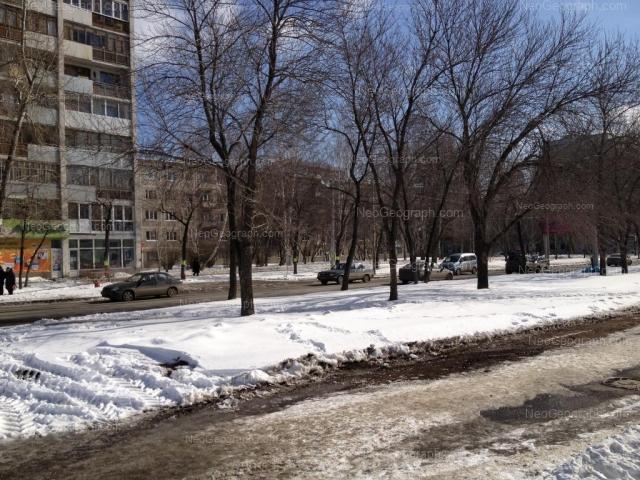 Адрес(а) на фотографии: улица Шаумяна, 92, 94, 96, Екатеринбург
