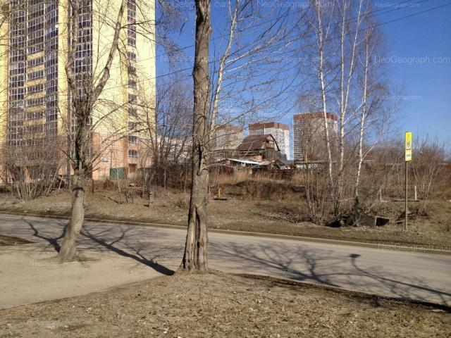 Адрес(а) на фотографии: улица Крупносортщиков, 8, 10, 12, 16, Екатеринбург