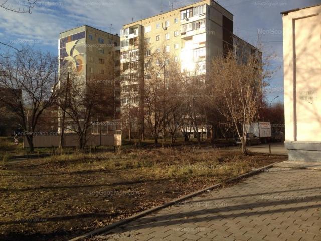Адрес(а) на фотографии: улица Ткачей, 12, Екатеринбург