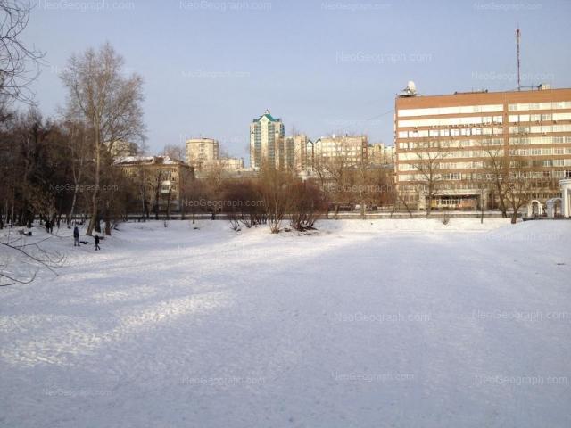 Адрес(а) на фотографии: улица Шевченко, 6, 10, Екатеринбург