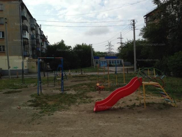 Адрес(а) на фотографии: улица Ильича, 71А, 71ж, Екатеринбург