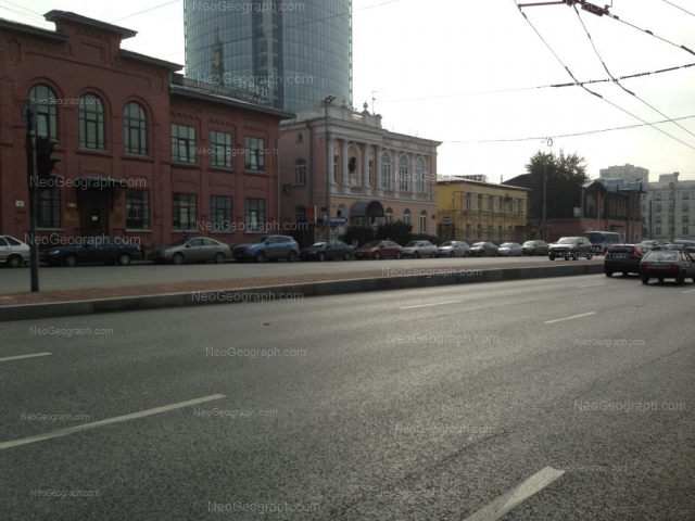 Адрес(а) на фотографии: улица Карла Либкнехта, 2, 6А, 8, 8Б, Екатеринбург