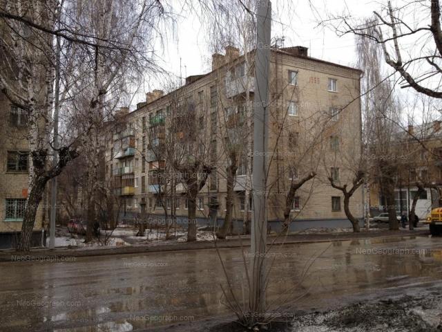 Адрес(а) на фотографии: улица Краснофлотцев, 9, 11, Екатеринбург