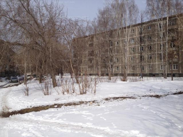 Адрес(а) на фотографии: Уральская улица, 66/2, 68/2, Екатеринбург
