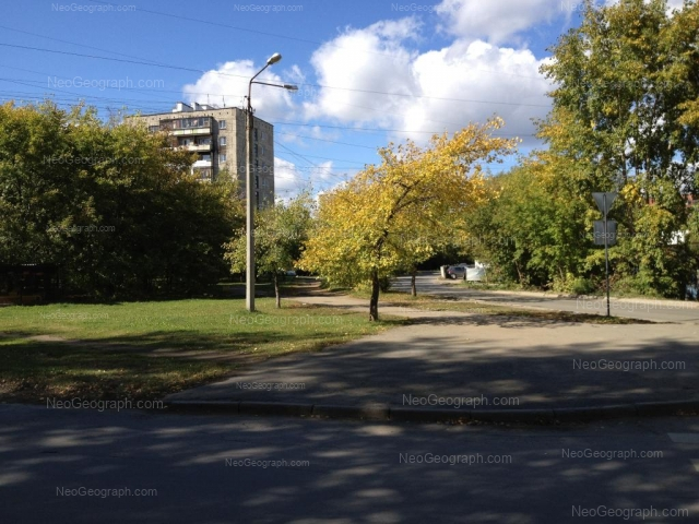 Адрес(а) на фотографии: улица Новаторов, 1, 7, Екатеринбург