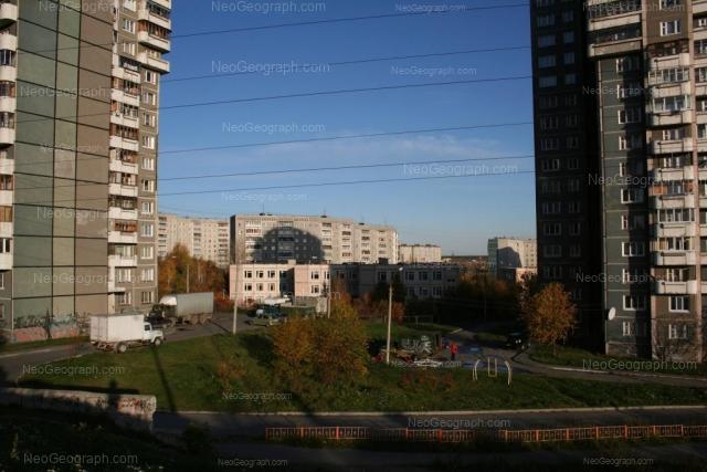 Адрес(а) на фотографии: бульвар Есенина, 5, 7, 11, Екатеринбург