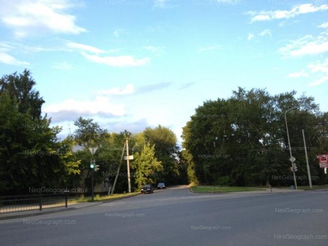 Адрес(а) на фотографии: Луганская улица, 21, Екатеринбург
