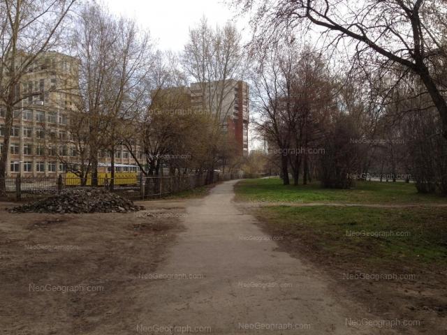 Адрес(а) на фотографии: Ясная улица, 18, 20, 20д, Екатеринбург