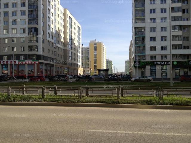 Адрес(а) на фотографии: улица Вильгельма де Геннина, 33, 37, Екатеринбург