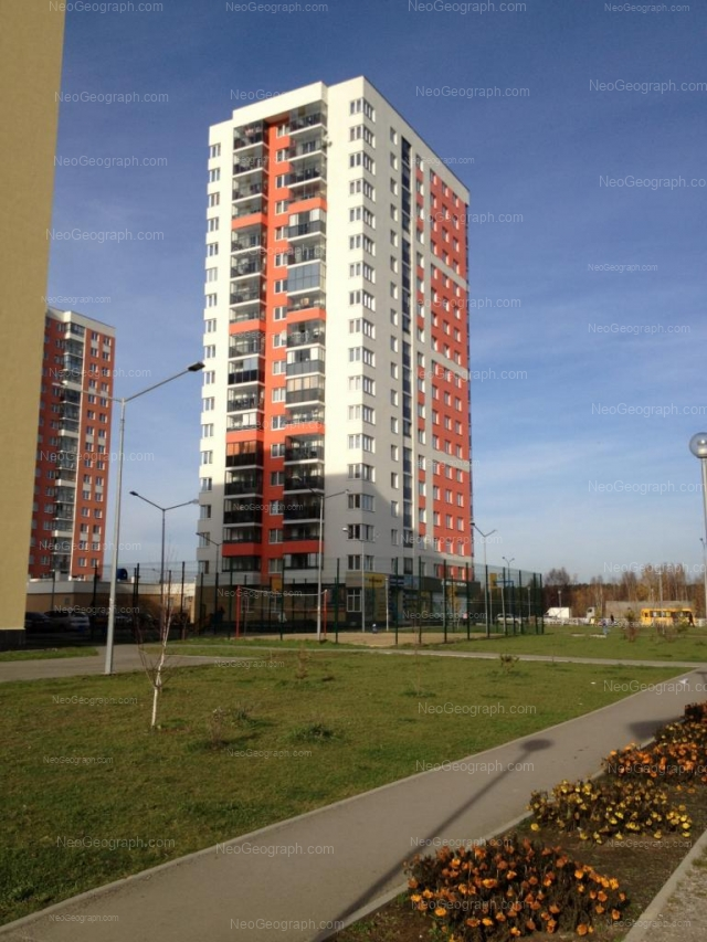 Адрес(а) на фотографии: улица Краснолесья, 111, 111А, Екатеринбург