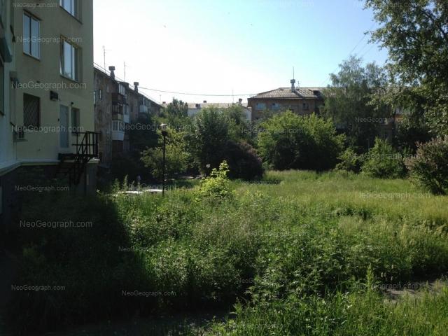 Адрес(а) на фотографии: бульвар Культуры, 19, 21, 21А, Екатеринбург