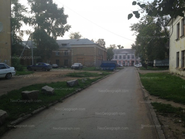 Address(es) on photo: Krasnoflotsev street, 25, 28А, Yekaterinburg