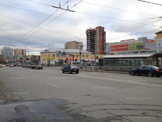 Адрес(а) на фотографии: улица 8 Марта, 145, 149, Екатеринбург