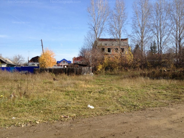 Адрес(а) на фотографии: улица Молодогвардейцев, 1, Екатеринбург