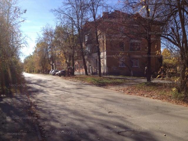 Адрес(а) на фотографии: улица Ломоносова, 23, 25, Екатеринбург