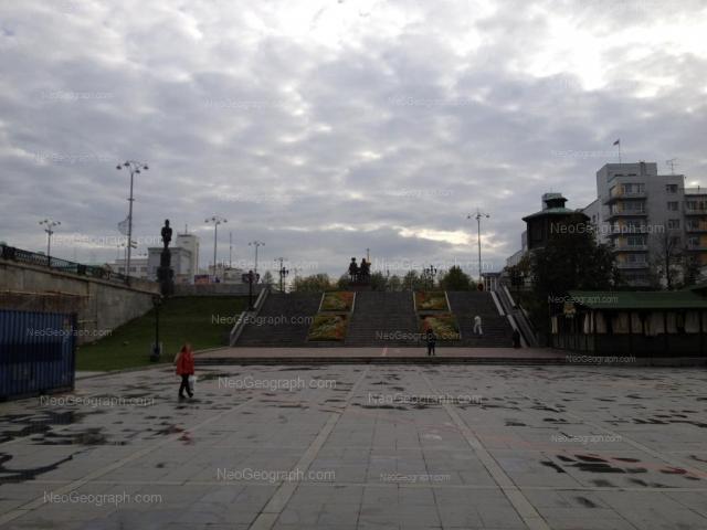 Адрес(а) на фотографии: проспект Ленина, 32, Екатеринбург