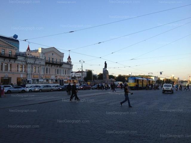 Адрес(а) на фотографии: проспект Ленина, 25, 29, 33, Екатеринбург