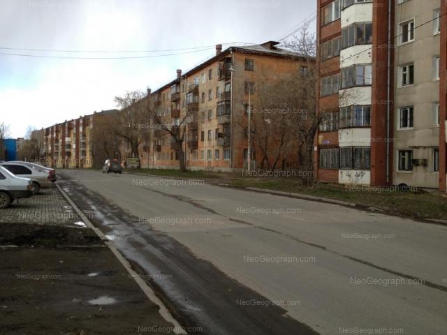 Адрес(а) на фотографии: улица Миномётчиков, 40, 42, 44, Екатеринбург