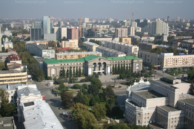 Адрес(а) на фотографии: проспект Ленина, 46А, 49, 51, 53, Екатеринбург