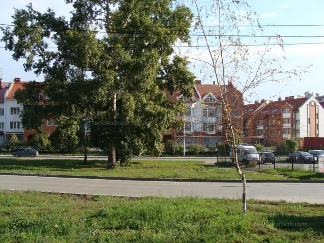 Адрес(а) на фотографии: Волгоградская улица, 32/1, 32/2, 34/1, 34/2, 34/3, 34/4, Екатеринбург