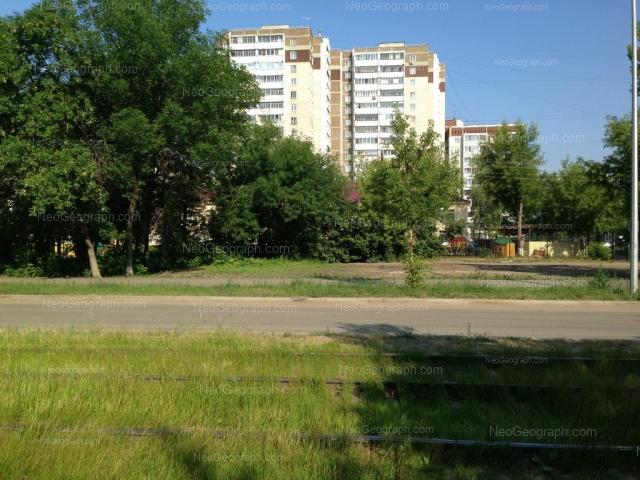 Адрес(а) на фотографии: улица Уральских Рабочих, 15, 17, 19, Екатеринбург