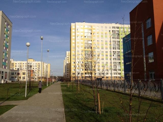 Адрес(а) на фотографии: улица Павла Шаманова, 24, Екатеринбург
