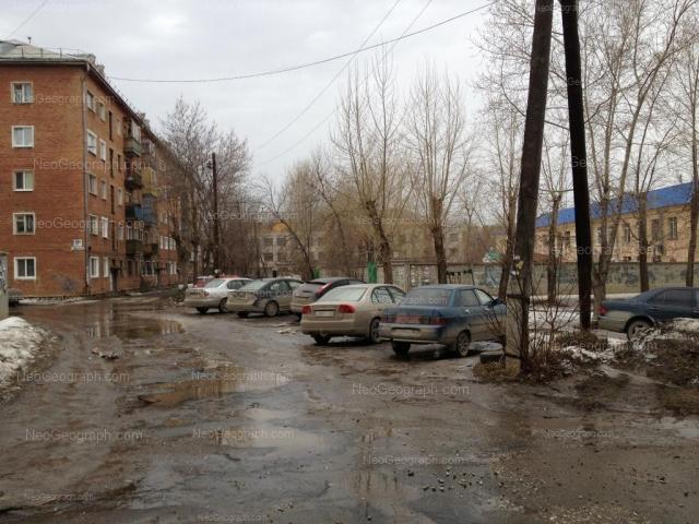 Адрес(а) на фотографии: улица Вали Котика, 11А, 13А, Екатеринбург